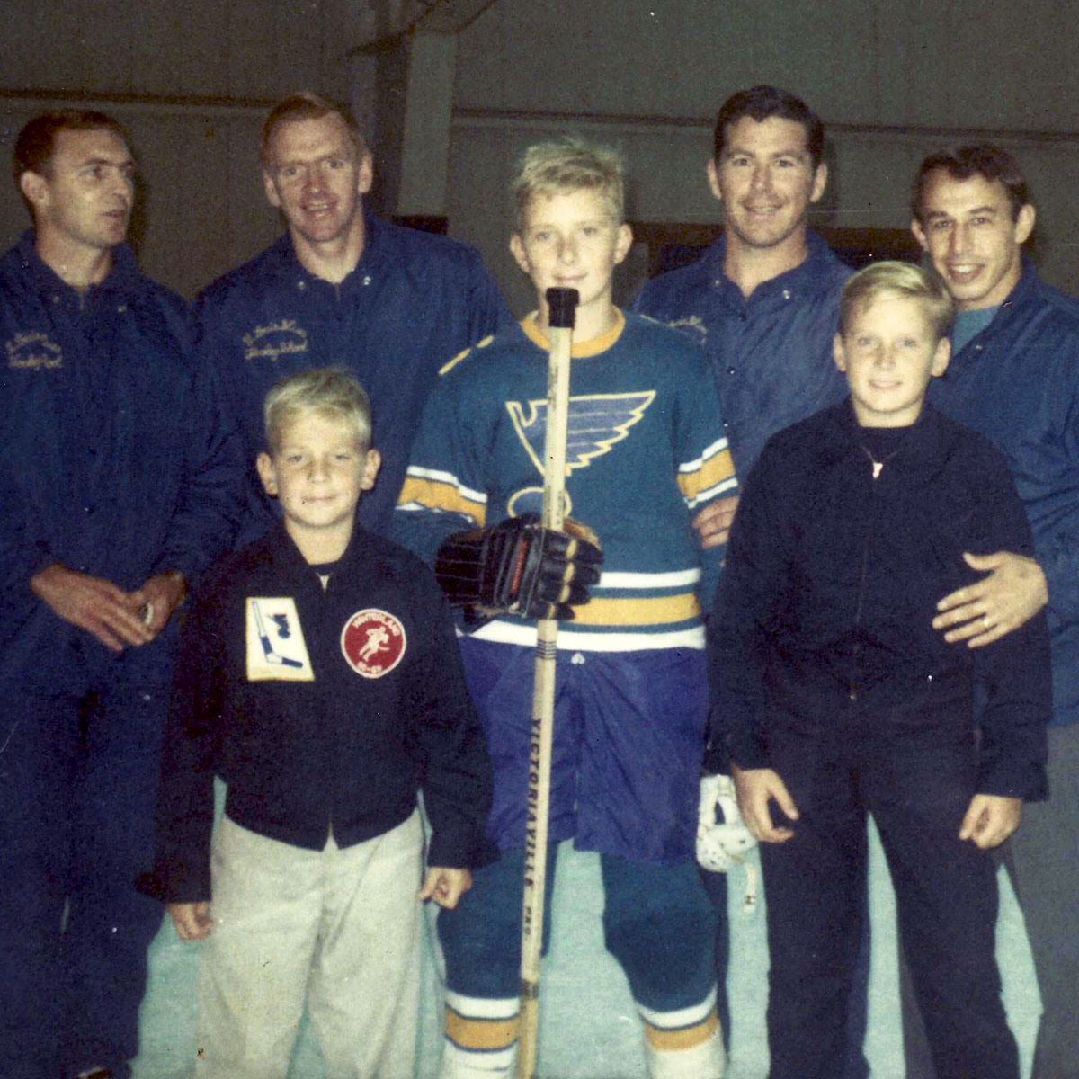 Young Kriegshauser Brothers with former St. Louis Blues players